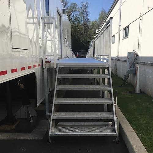 MEDICAL TRAILER STAIRS